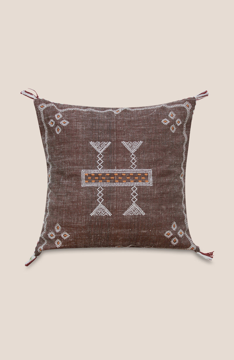 Sabra Pillow Cover Loor - Home Decor | Shop Baskets, Ceramics, Pillows, Rugs & Wall Hangs online