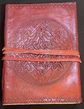 Load image into Gallery viewer, Celtic Knot Journal