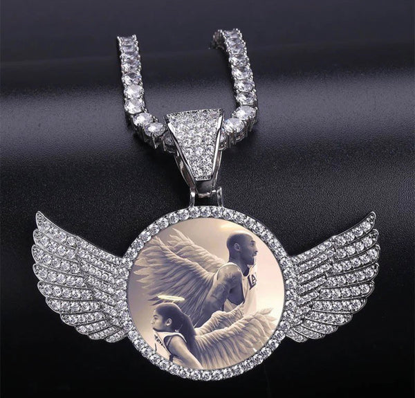 Custom Photo Memory Medallion With Wings and Rope Chain