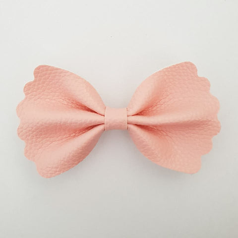 "Baby Pink ""Milly"" Pinch Bow"