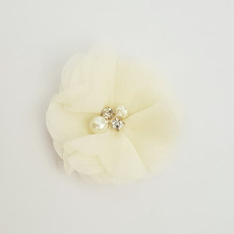 Cream / Off White Flower Hair Clip