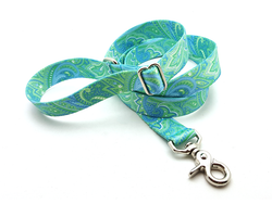 Green & Blue Paisley Adjustable Handle Leash