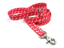Scrolling Hearts Adjustable Handle Leash