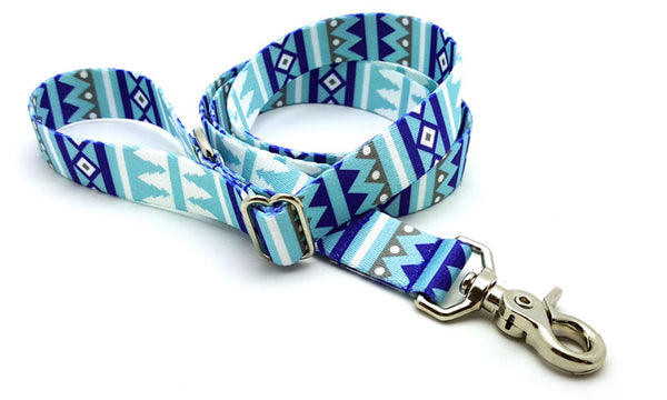 Winter Pines Adjustable Handle Leash