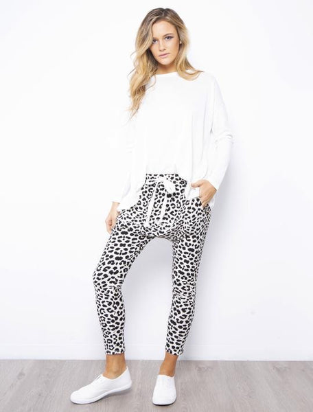 Leopard Drop Crutch Pants