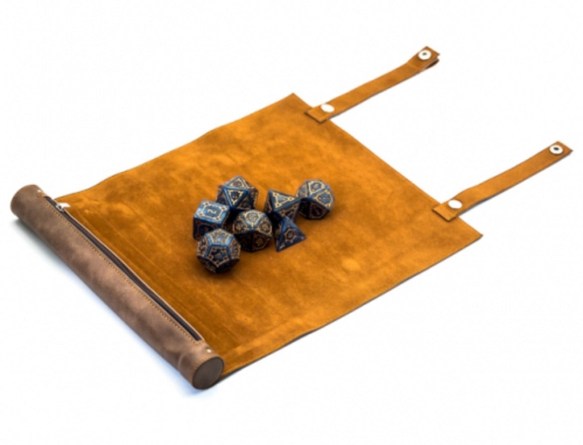 Faux leather dice scroll (brown) with free Pearl dice set