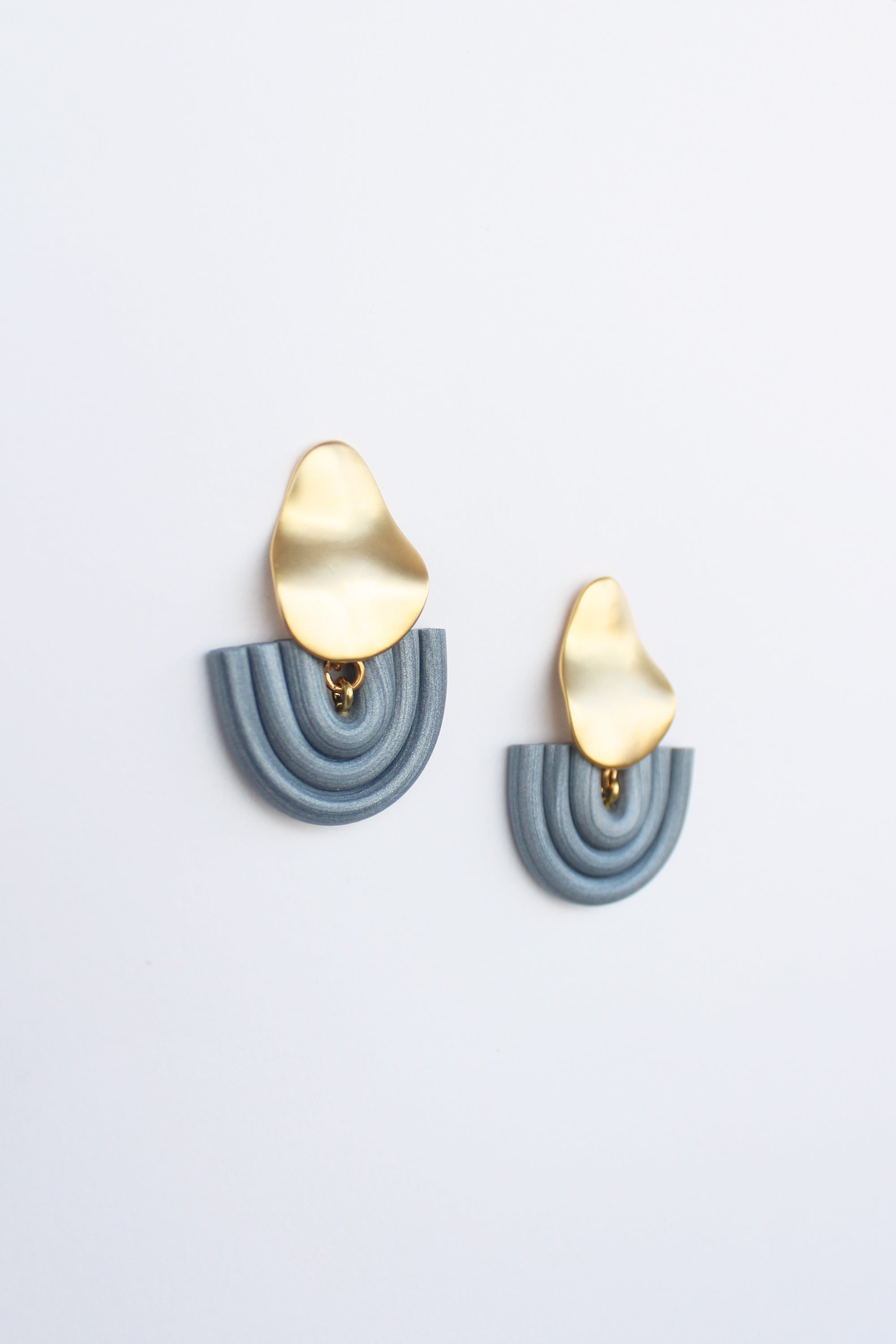 Olly Earrings in Silver Blue