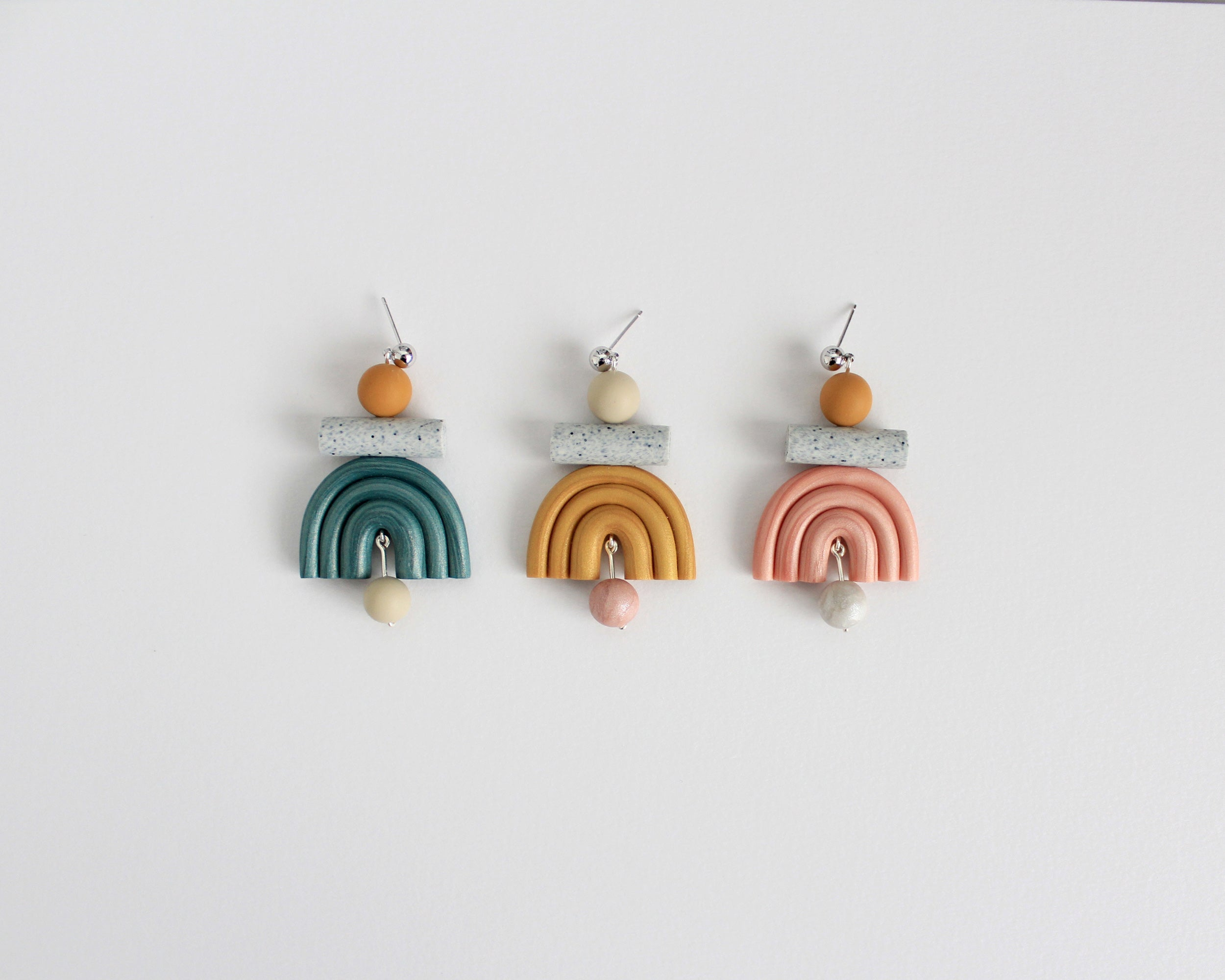 Otis Earrings in Pearl Mustard