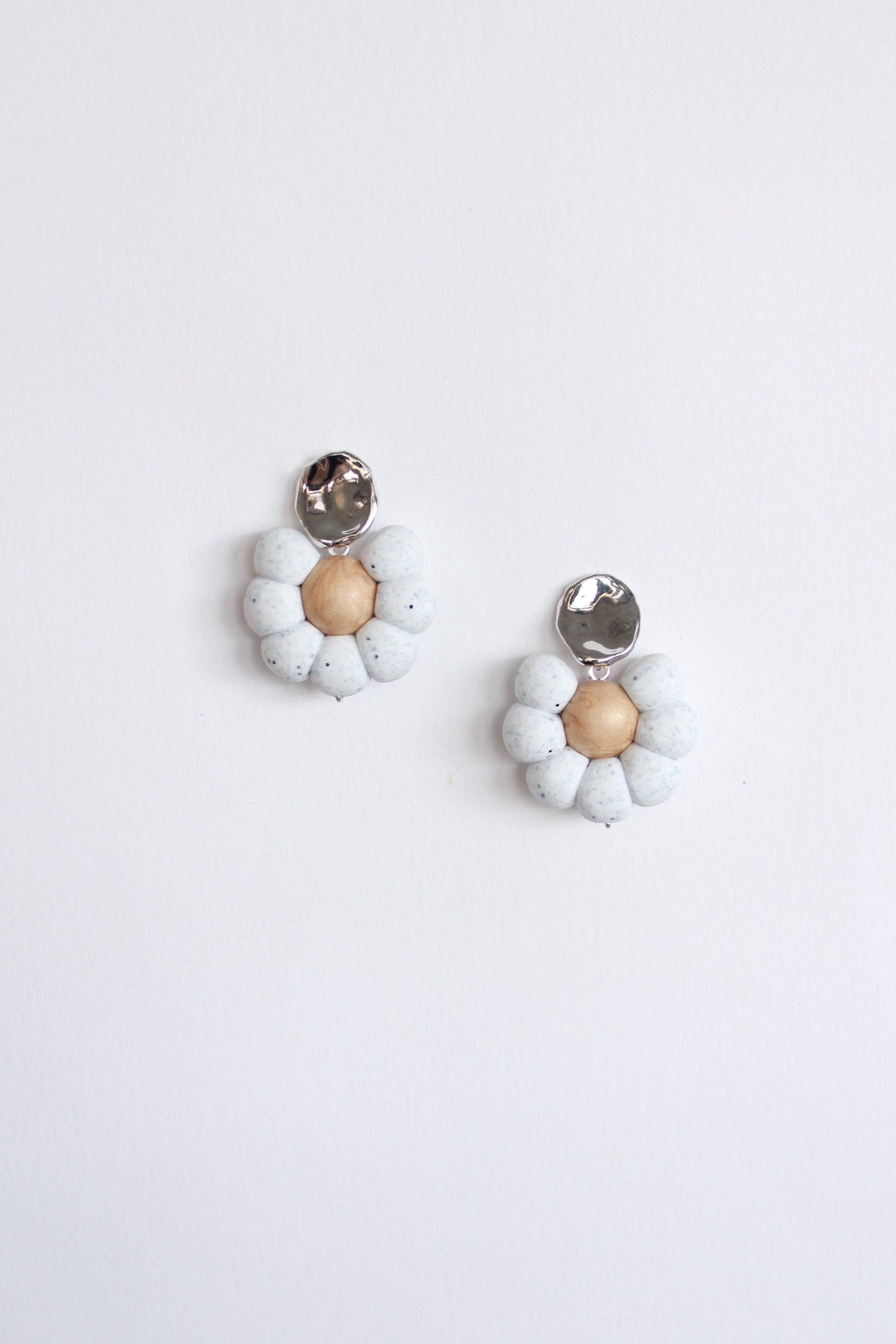Flower Earrings in Stone & Beige