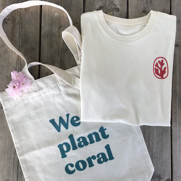 t-shirt fragment rouge et tote bag we plant coral