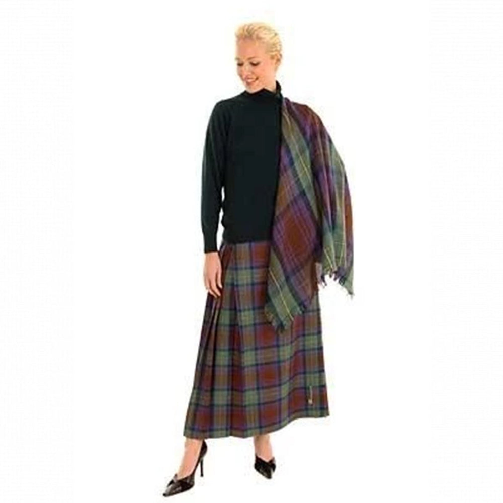 Ladies Tartan Hostess Kilt With Shawl