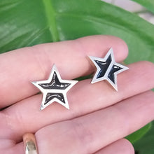 Load image into Gallery viewer, Men's Sterling Silver and Resin Star Cufflinks