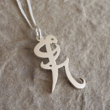Load image into Gallery viewer, Sterling Silver Iratze or Healing Rune Pendant