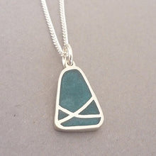 Load image into Gallery viewer, Triangular Crossover Resin Pendant