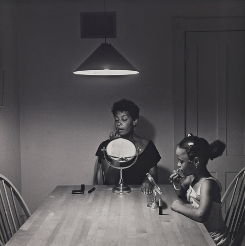 Carrie Mae Weems, Untitled (Woman and daughter with makeup) (1990)