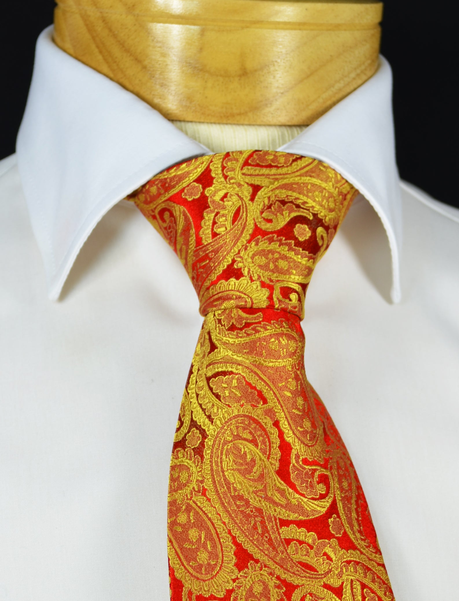 678552ec8e2a Extra Long Red and Gold Paisley Silk Necktie – BerlinBound