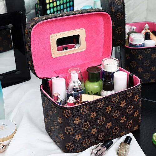 2019 New High Quality Makeup Organizer Women Cosmetic Case/Bag with Mirror Travel Large Capacity Suitcases Make Up Bag Hot Sale