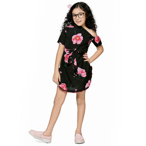 Casual Black Floral Print A- Line Dress For Girls