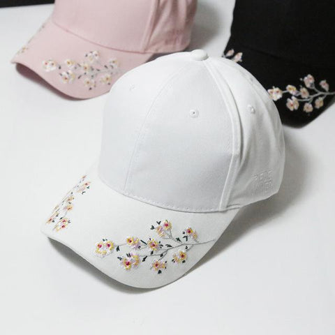 New Baseball Caps Women Snapback Cap Flower Summer Embroidery Curved Autumn Snapback Caps Men Trapback Hip Hop Hats Bone