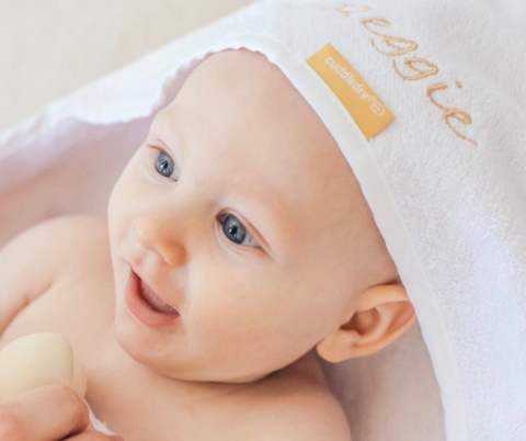 top 5 personalised baby gifts_Cuddledry.com