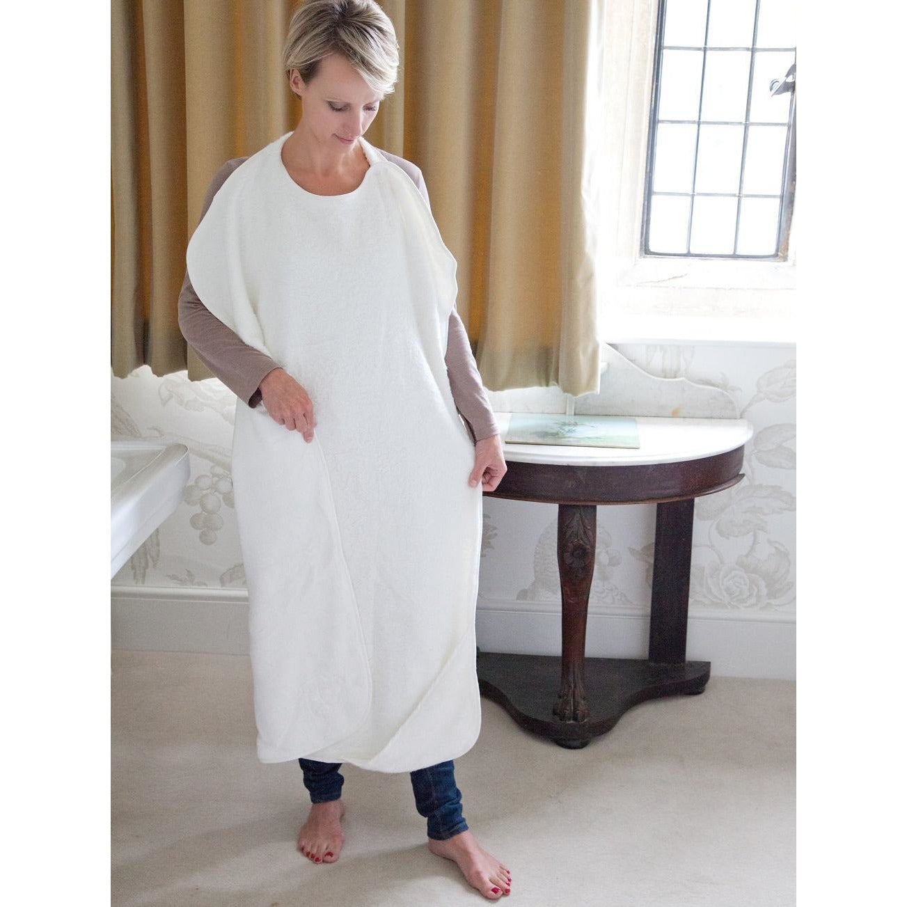 image to show size of Cuddledry apron towel and how to wear it