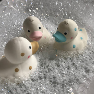 Cuddleduck baby bath toy & teether