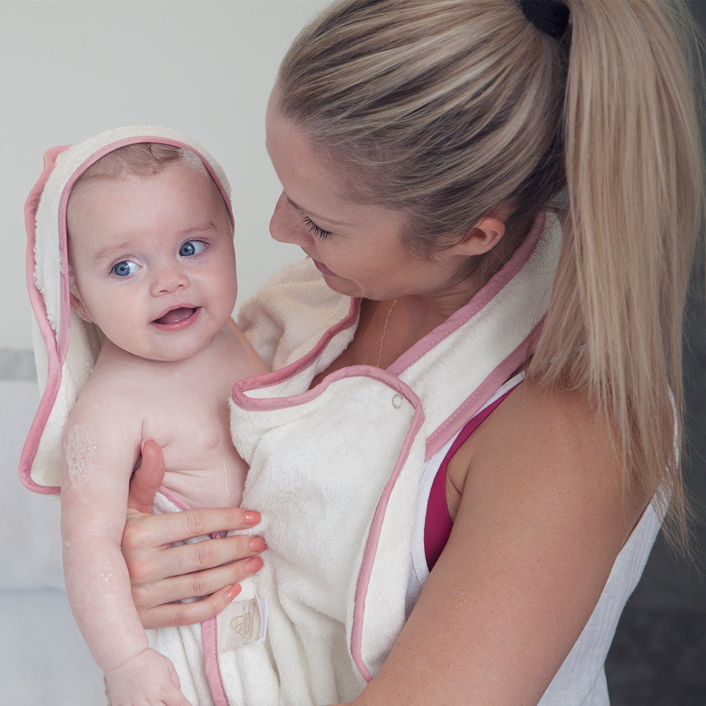 apron style baby bath towel with hood