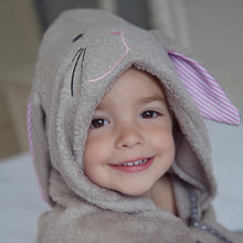 Load image into Gallery viewer, bunny rabbit toddler hooded bath towel made with bamboo