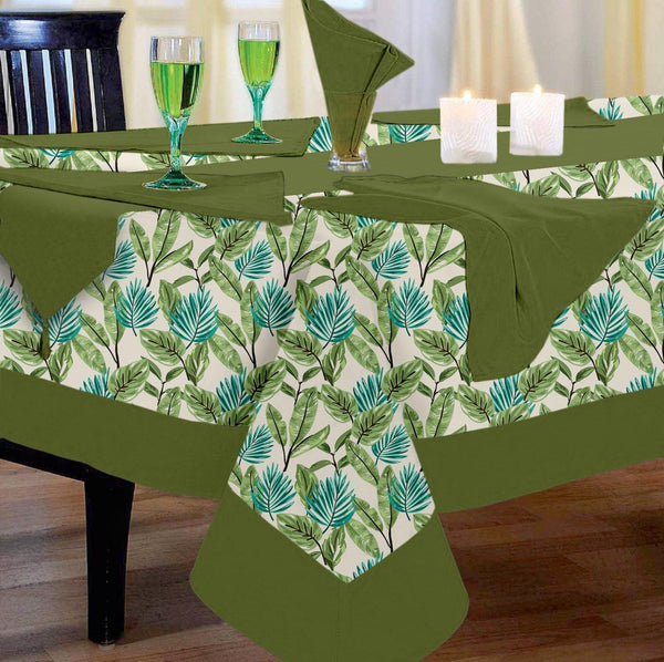 Lushomes Forest Printed 6 Seater Regular Table Linen Set