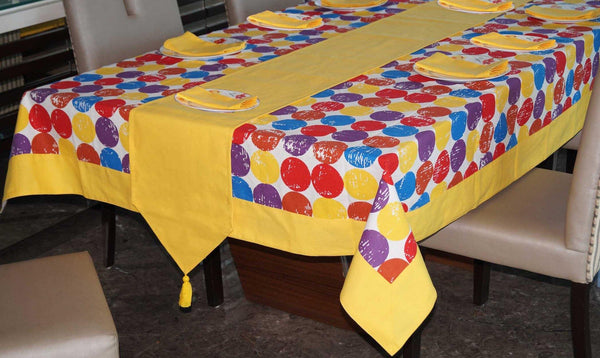 Lushomes Titac Printed 8 Seater Table Linen Set - Lushomes