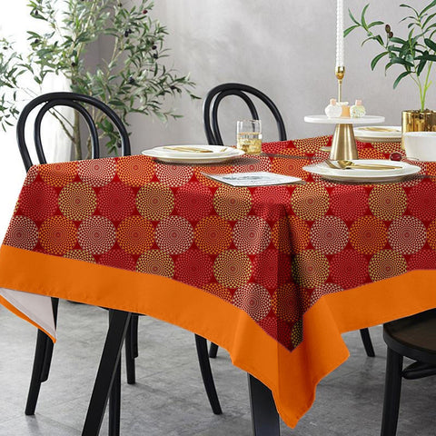 Lushomes 12 Seater Spiral Printed Table Cloth