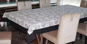 Lushomes 4 Seater Geometric Printed Table Cloth - Lushomes