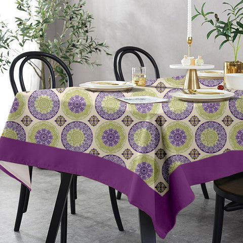 Lushomes 6 Seater Regular Bold Printed Table Cloth