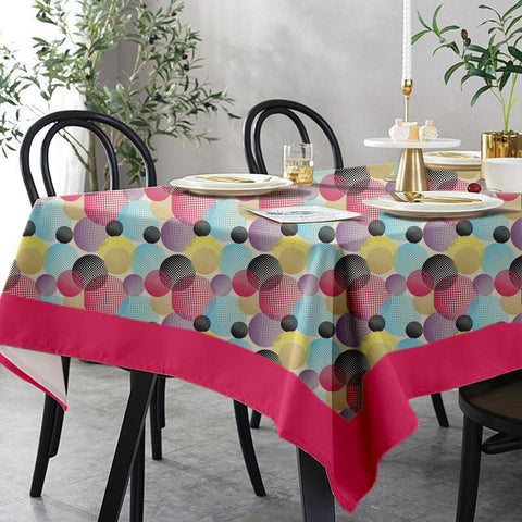 Lushomes 6 Seater Small Circles Printed Table Cloth