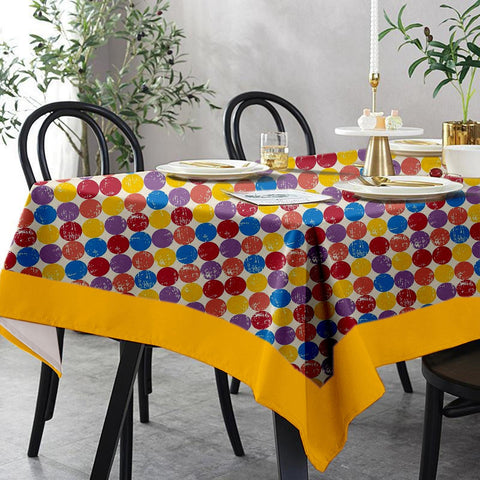 Lushomes 6 Seater Small Titac Printed Table Cloth