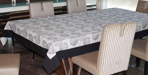 Lushomes 8 Seater Geometric Printed Table Cloth - Lushomes