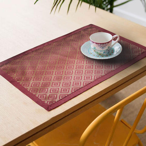 Lushomes decorative Pink Jacquard Placemat Set of 6 pcs (Size: 13''x19'') - Lushomes