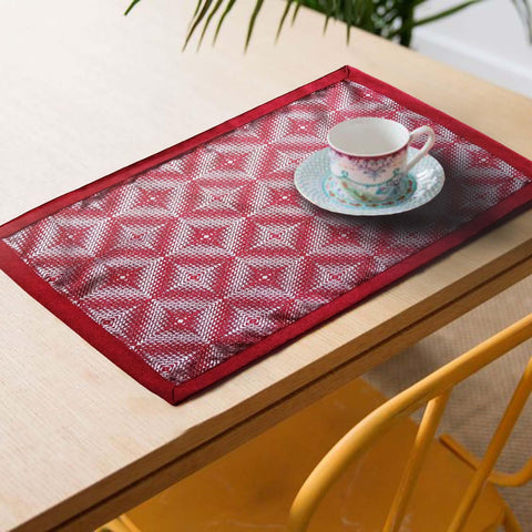 Lushomes decorative Maroon Design 2 Jacquard Placemat Set of 6 pcs (Size: 13''x19'') - Lushomes