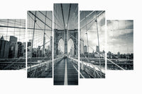 Brooklyn Bridge Black and White in 5 Panels <h2>5 Panel Cityscape Panorama Canvas Photography Print</h2>