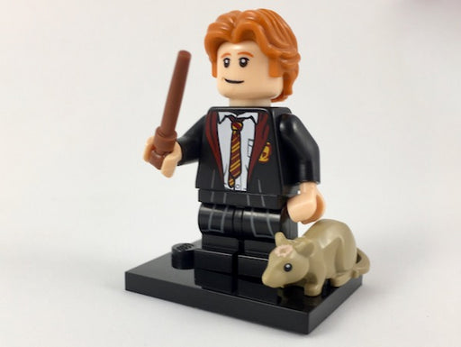 Ron Weasley in School Robes, Harry Potter & Fantastic Beasts (Complete Set with Stand and Accessories)