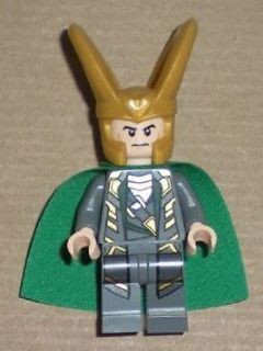 Super Heros 033 Loki - Traditional Starched Fabric Cape