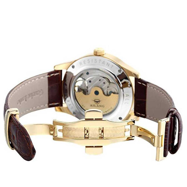 "Leather Band of ""Vanderbilt"" Horse Luxury Watch in White Background - Horse Deco Store"