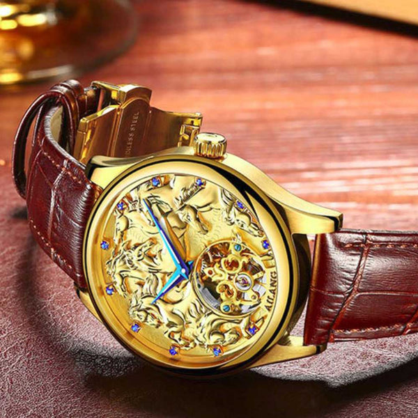 "Gold Color ""Vanderbilt"" Horse Luxury Watch on Wood Background - Horse Deco Store"
