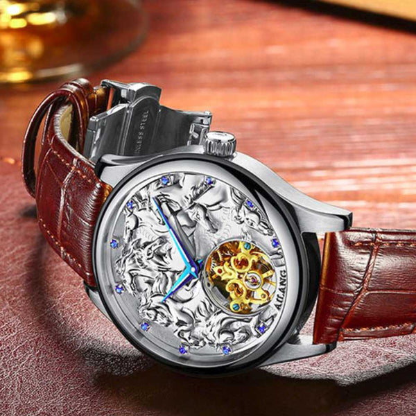 "Silver Color ""Vanderbilt"" Horse Luxury Watch on Wood Background - Horse Deco Store"
