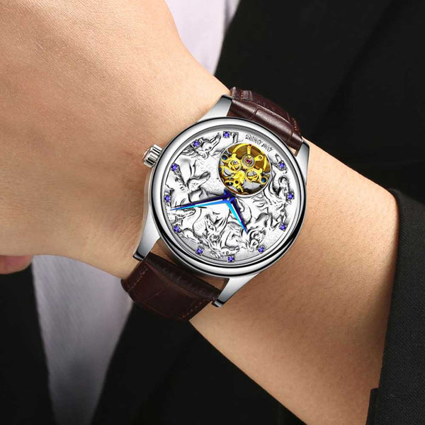"Silver Color ""Vanderbilt"" Horse Luxury Watch on a Wrist - Horse Deco Store"