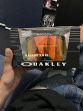 Load image into Gallery viewer, Oakley O Frame  2.0 XL Googles