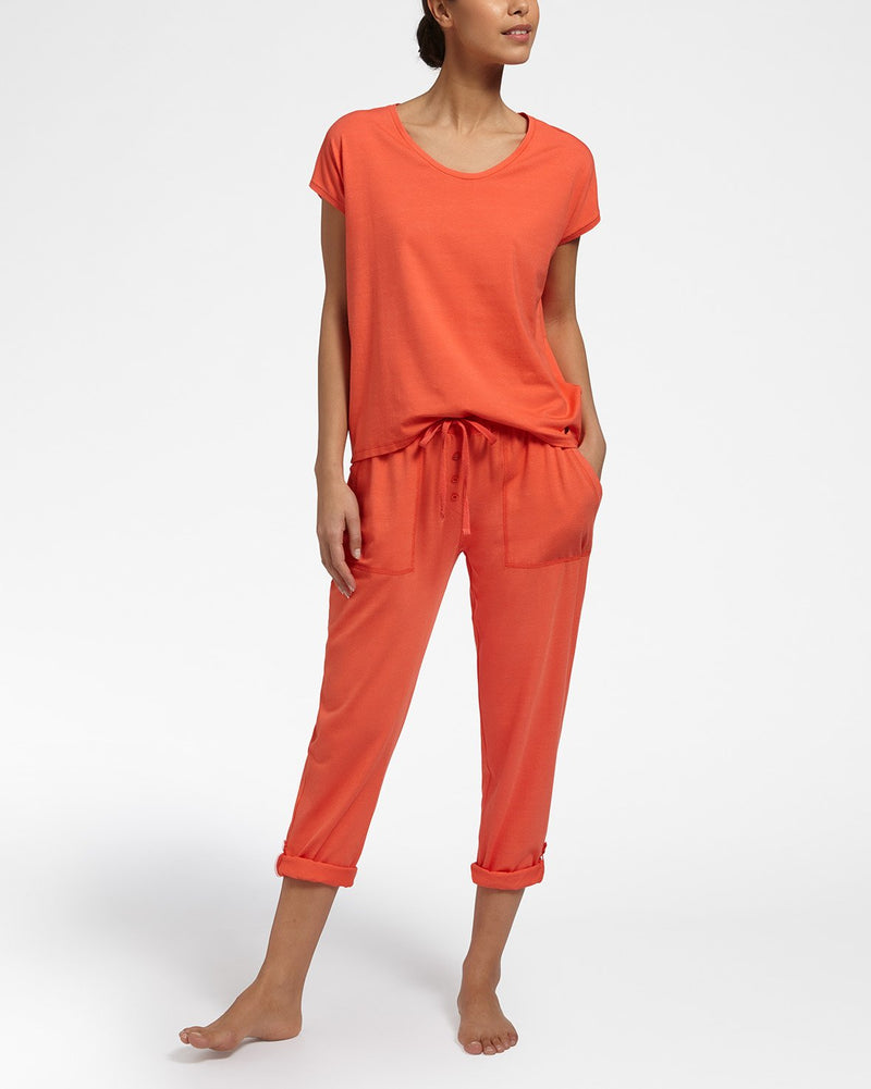 All Day Comfort Orange Top Met Korte Mouwen