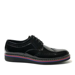 The Hipster Shoe is made of 100% patent black leather.  This Oxford shoe is one of the most popular models with fine details.  This shoe has a side stitches which gives a very stylish look.  The base part is made of rubber and thermo blended first class material.