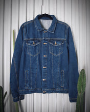 Load image into Gallery viewer, Trouble Makers Classic Blue Denim Jacket