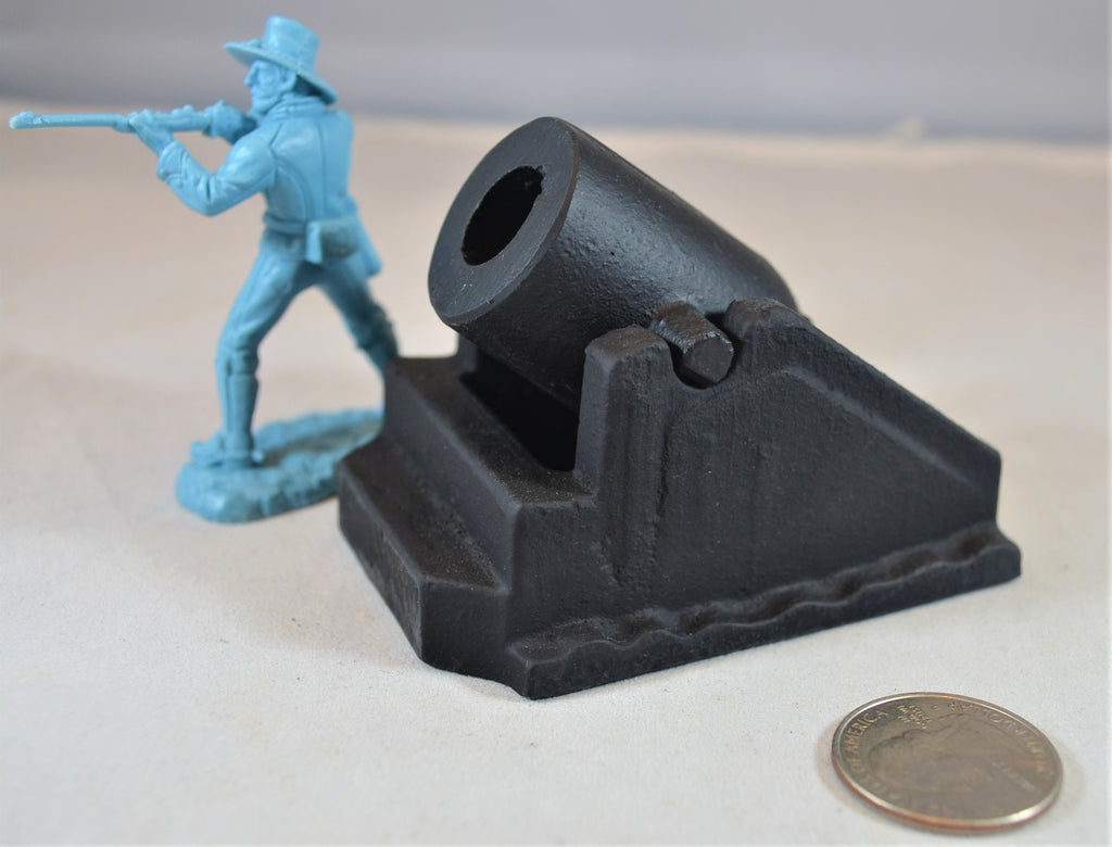 Americana Civil War Black Metal Mortar